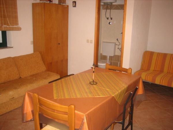 Apartments brajkovi apartments for Living room bedroom bathroom kitchen